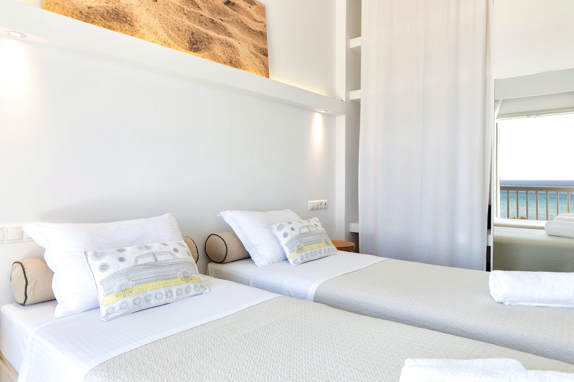 Godlen Beach Hotel Family sea view rooms in Paros
